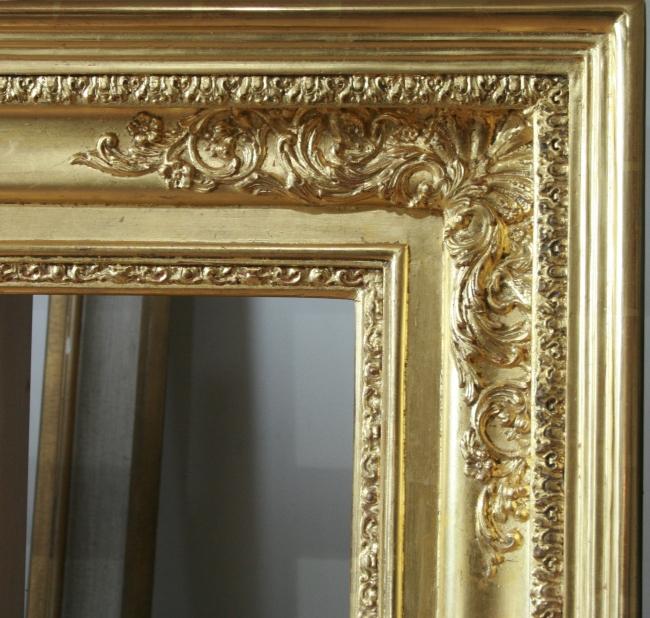vergoldeter Rahmen, Eckverzierung, Blattgold